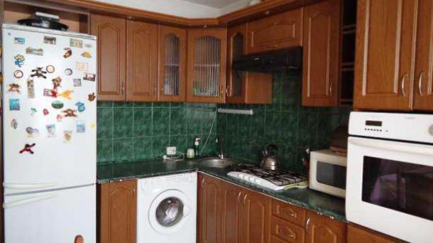 Оренда 3-кімнатної квартири по вул Наукова